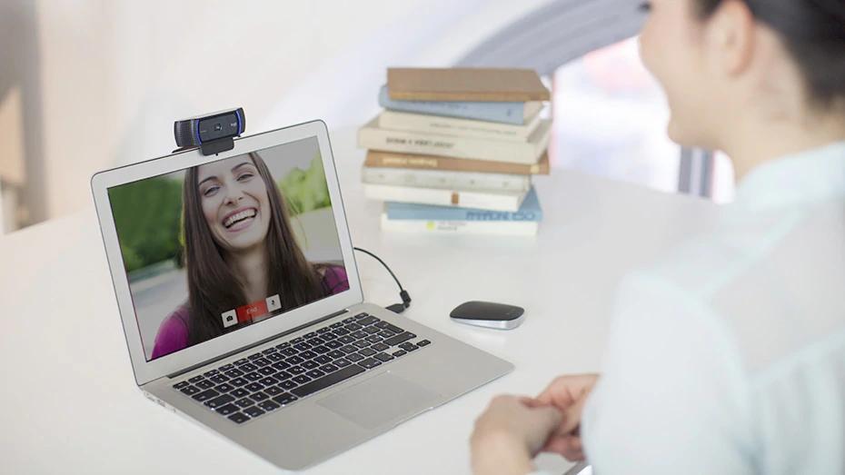 مکالمه تصویری با وب کم لاجیتک C920 Pro HD