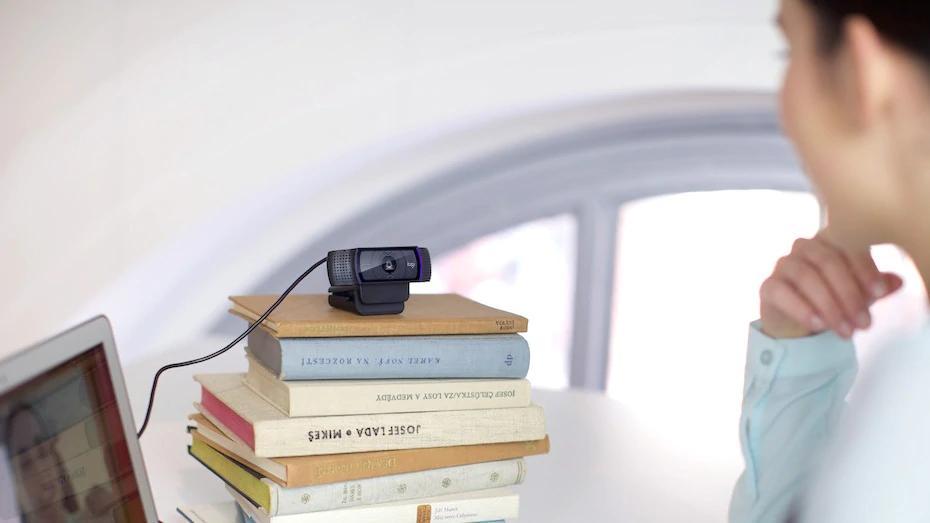 نصب آسان وب کم لاجیتک C920 Pro HD